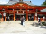 神戸の生田神社にて。