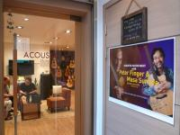 ACOUSTIC GUITAR & MUSIC. Cool shop!!!